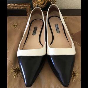 Prada pointy flats two tone black white Sz 9